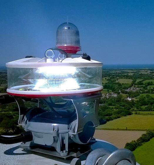 delta-box_marking_aircraft-warning-lights-led-medium-intensity-slider-2