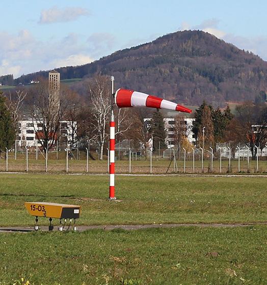 delta-box_balizaje_mastiles-indicadores-de-viento-faa-2